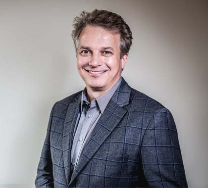 Dr Radomir Grucza